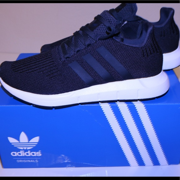SOLD  Adidas swift run size 6.5 U.S (women s ). 4a3d15403